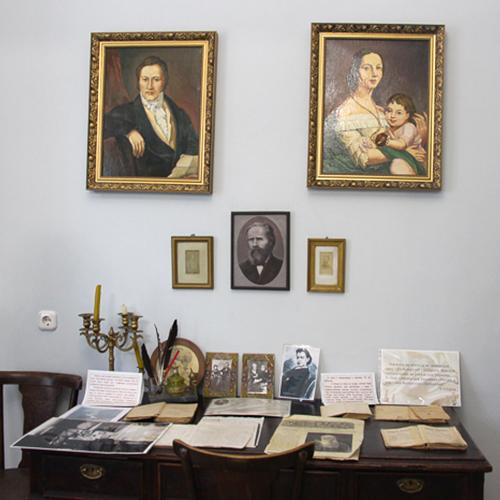 Консультации по вопросам музейной и выставочной деятельности
