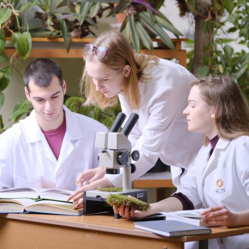 Курсы по биологии для подготовки школьников олимпийского резерва (лабораторные занятия)